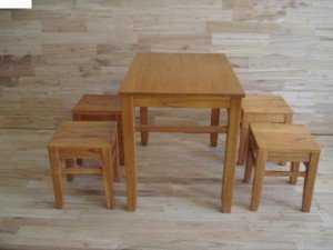 Bộ bàn ghế gỗ đẩu màu vàng