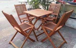 Bàn ghế cafe xếp nan dọc chân cao