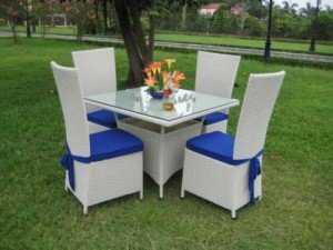 Bộ bàn ghế nhựa giả mây cho nhà hàng, khu nghỉ dưỡng