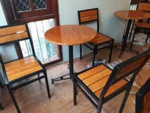 Bộ bàn ghế gỗ cao cấp, sang trọng, bàn tròn, chân sắt