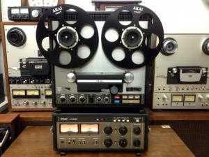 Máy hát băng cối Teac A - 7400RX 2 cục