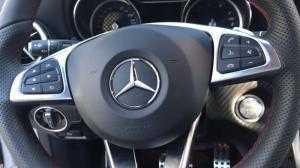 Cần bán chiếc Mercedes A250 AMG 2014 màu xám bạc
