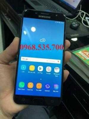 Điện thoại Samsung J7 Plus giá giảm không phanh
