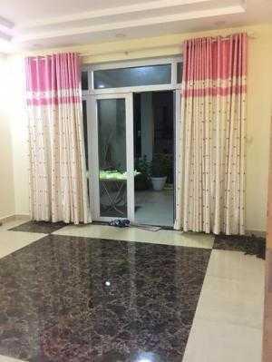 Mặt tiền CMT8, Phường 6, Tân Bình, diện tích 4.5 x 20m2 giá bán 14 tỷ.