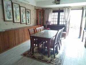 Định cư nước ngoài cần bán gấp nhà khu vip quận Tân Bình
