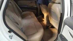 Bán Hyundai Avante 1.6MT số sàn màu trắng sản xuất 2015