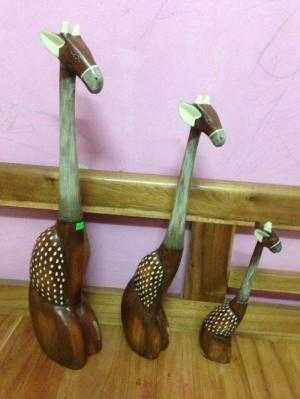 Gia đinh hươu cao cổ gỗ tự nhiên cao nhất 58cm,