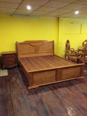 Giường ngủ gỗ gõ đỏ kiểu hộp 1,6m x 2m - GN13