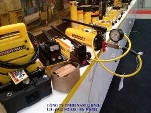 Bơm thủy lực ENERPAC gồm bơm tay, bơm điện, bơm khí, bơm động cơ nổ...