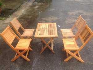 bàn ghế gỗ xếp cà phê ngoài trời
