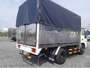 Xe tải Isuzu Nhật QKR nâng tải 2.4 tấn - mui phủ bạt - trả góp 80%