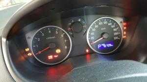 Bán Hyundai i20 1.4AT màu ghi bạc số tự động nhập Ấn Độ 2011