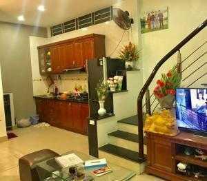Cần bán nhà Hoàng Văn Thái, quận Thanh Xuân, 80m2, MT 5.5m, ô tô vào nhà.