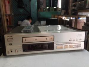 Chuyên bán CD Sony 555ES hàng bải long lanh