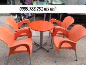 Bộ bàn ghế nhựa đúc