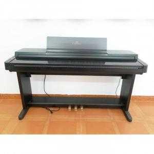Đàn Piano Điện Yamaha CLP - 560