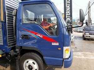 Giá xe tải Jac 2t4 năm 2018, tặng ngay 100 lít dầu khi giao xe tải jac 2400kg