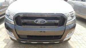 Xe bán tải Ford Ranger WildTrak 3.2 nhập khẩu Thái Lan, giá rẻ nhất Ford ranger