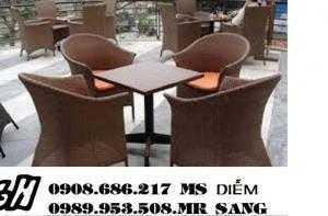 Chuyên sản xuất bàn ghế cafe mây nhựa giá rẻ nhất hgh041