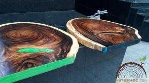 2018-03-22 21:05:51  2  Mặt bàn gỗ Me Tây đổ epoxy 1,700,000