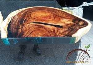 Mặt bàn gỗ Me Tây đổ epoxy