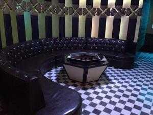 Ghế karaoke giá rẻ tại Bình Dương - Thi công thiết kế phòng karaoke giá rẻ/ Nội Thất Hoàng Thạch