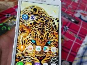 Samsung galaxy S6 active T&T Trắng camo