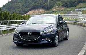 Cho thuê xe tự lái Mazda 3 2017