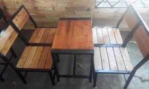 Bàn ghế gỗ rẻ