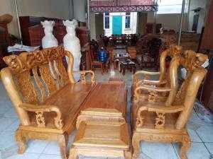 Bộ bàn ghế trạm đào gỗ lim