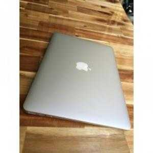 Macbook air 2011 Like new 99%