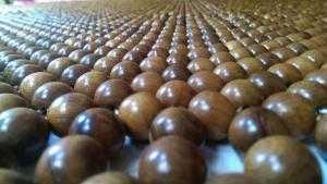 Bán chiếu hạt gỗ . Hàng làm từ nghề truyền thông. Cam kết 100 % chuẩn gỗ
