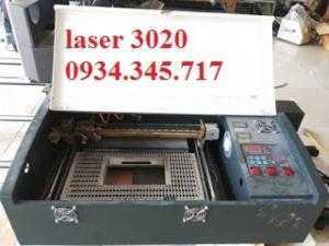 Máy khắc dấu laser 2030 bảo hành 12 tháng toàn quốc
