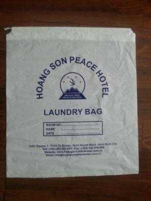 Túi giặt là in logo dùng trong khách sạn, resort
