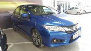Bán Honda City 1.5AT màu xanh Tiger số tự động sản xuất cuối 2015 biển Sài Gòn