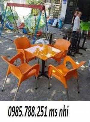 Bàn ghế nhựa cafe nữ hoàng giá rẻ nhất