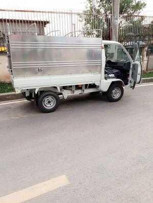 Xe tải Thaco Towner 990 kg , biển số sài gòn , chạy trong thành phố, giá tốt nhất , thùng kín , chở  phụ tùng