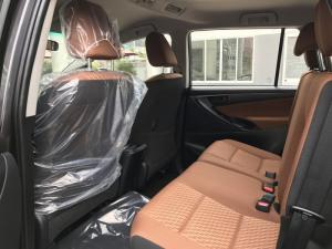 Bán xe Toyota Innova 2018 số sàn , khuyến mãi đặc biệt, xe có giao ngay, hổ trợ vay vốn 80%, lãi suất ưu đãi