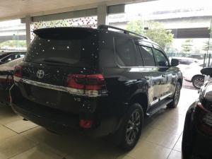 Bán Toyota Land Cruise 4.6 ,sản xuất và đăng ký 2016,xe cực mới,thuế sang tên 2%.