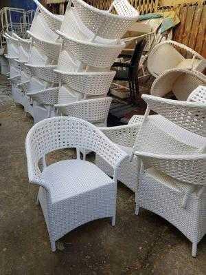 Bàn ghế cafe phong cách mới