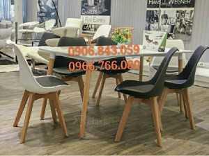 Ghế nhựa chân gỗ giá rẻ