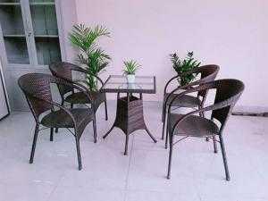 Bàn ghế cafe giá rẻ Htt02