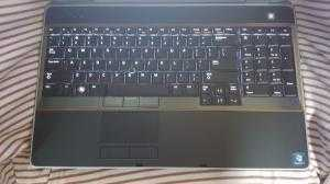 Dell Latitude E6520 - i7 2620M,4G, 250G, 15.6inch cảm ứng, webcam, đèn bàn phím, máy đẹp