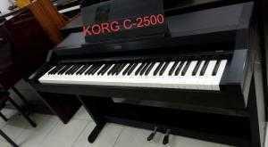 Piano korg C800