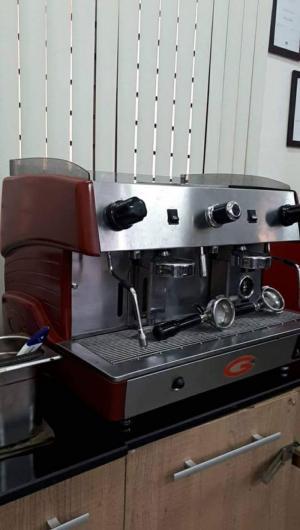 Bán máy pha cà phê chuyên nghiệp cũ