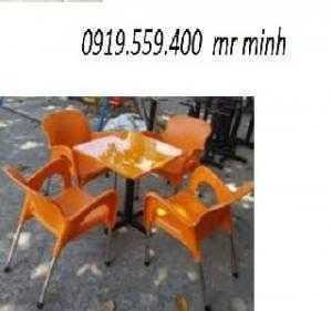 Bàn ghế cafe giá rẻ nhất hgh44