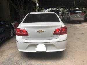 Bán Chevrolet Cruze LT 1.6MT 2017, màu trắng, đúng chất, giá thượng lượng, hổ trợ góp