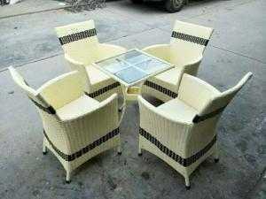 Bàn ghế cafe giá rẻ Htt40