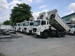 Bán xe tải Ben HD270-15T màu trắng giao ngay