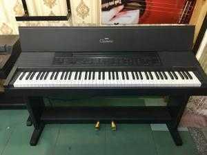 Piano Yamaha Cvp8